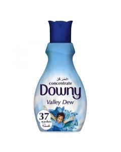 Downy Concentrate Fabric Softener Valley Dew 1.5 LTR